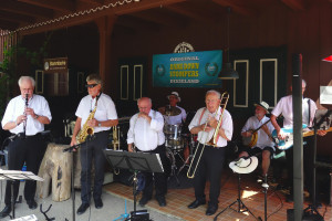 Die Dark Down Stompers Dixie Band