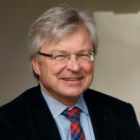 Porträtfoto von Gemeinderat Langer
